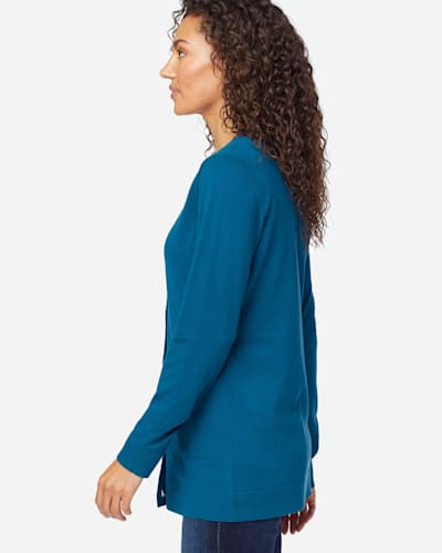 WOMEN'S COLBY V-NECK CARDIGAN IN MOROCCAN BLUE