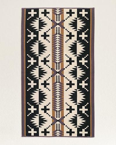 SPIDER ROCK SPA TOWEL IN BLACK/WHITE
