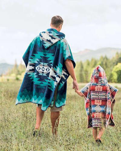 CANYONLANDS HOODED KIDS' TOWEL IN DESERT SKY