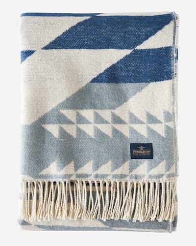 FOSSIL SPRINGS COTTON THROW IN BLUE